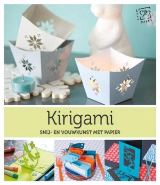 Kirigami. Snij- en vouwkunst met papier